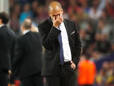 Guardiola a fejet fogja