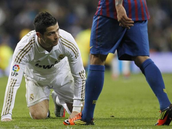 Padlon Ronaldo es a Real
