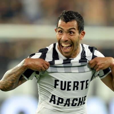 Carlos Tevez Juventus játékosként a Fuerte Apache-gyökereivel